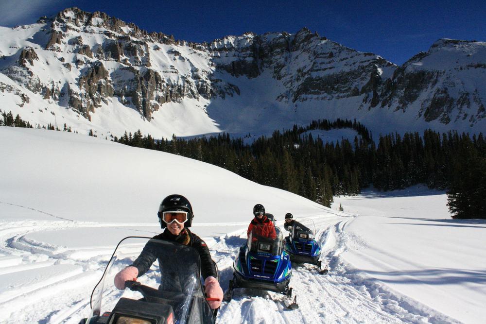 Via:http://ww1.prweb.com/prfiles/2012/09/25/9944376/snowmobile.jpg