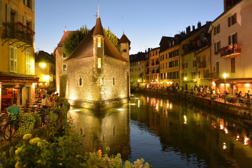 Top Attractions In Annecy France Bon Traveler