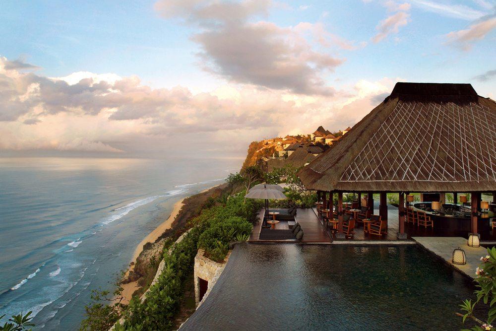 photo from: www.bulgarihotels.com