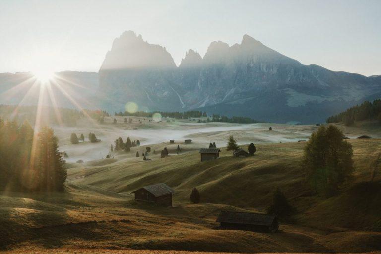 How to Visit Alpe di Suisi