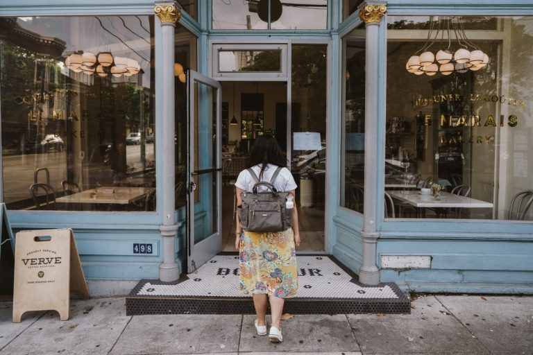 Summer Travels with Baggallini in Tow
