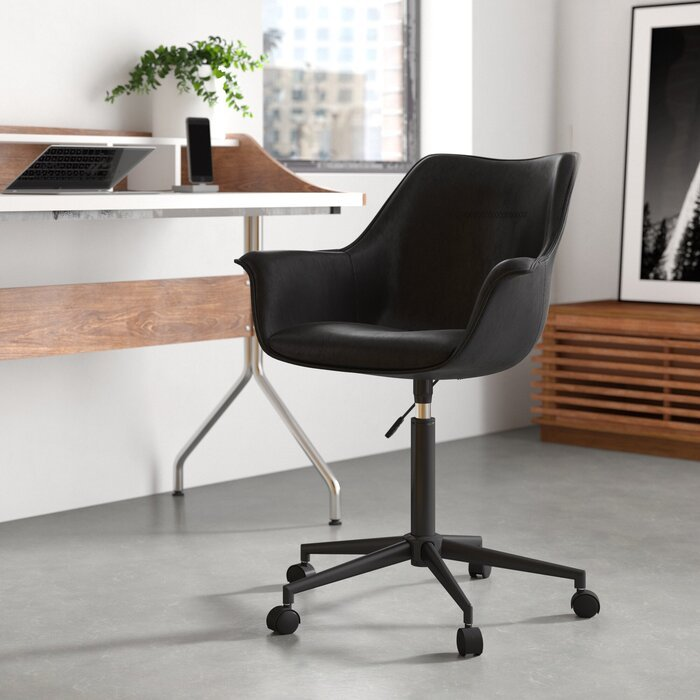 10 Essentials to Refresh Your Home Office
